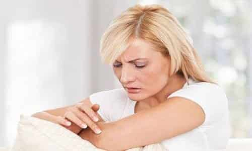 5 Tips to Battle Dry Itchy Skin during Winter.